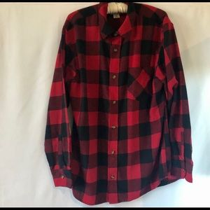Field & Stream Large Plaid Button Black/Red Soft